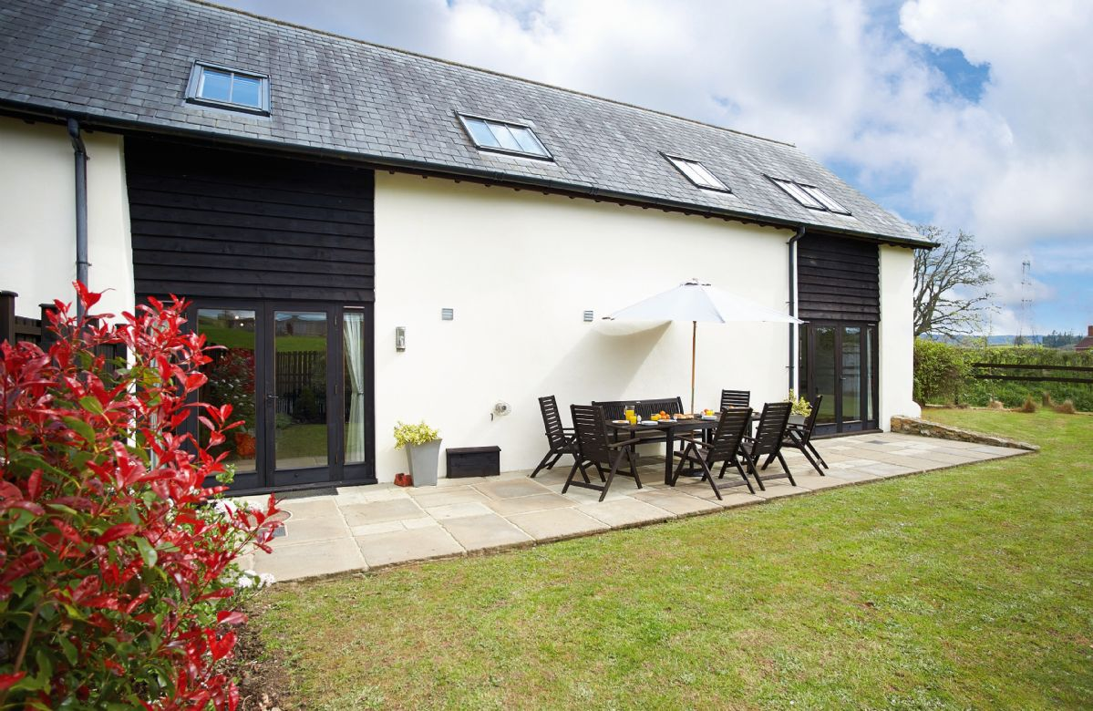 Lower Curscombe Barn a british holiday cottage for 12 in ,