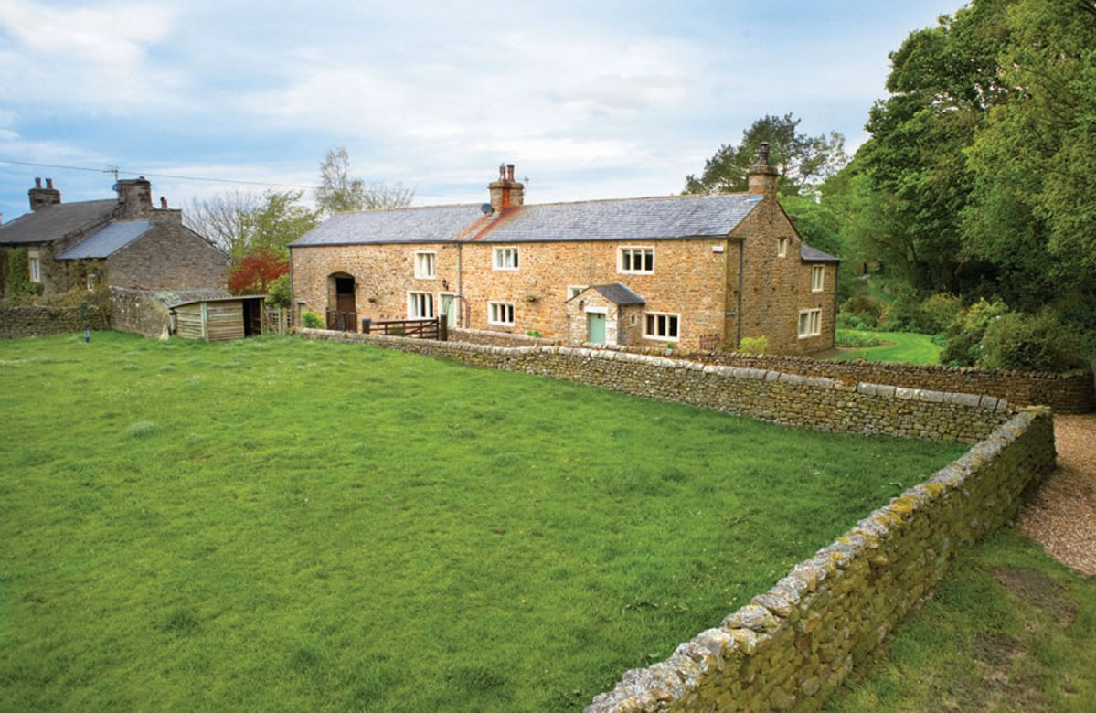 Masongill Lodge a british holiday cottage for 8 in ,