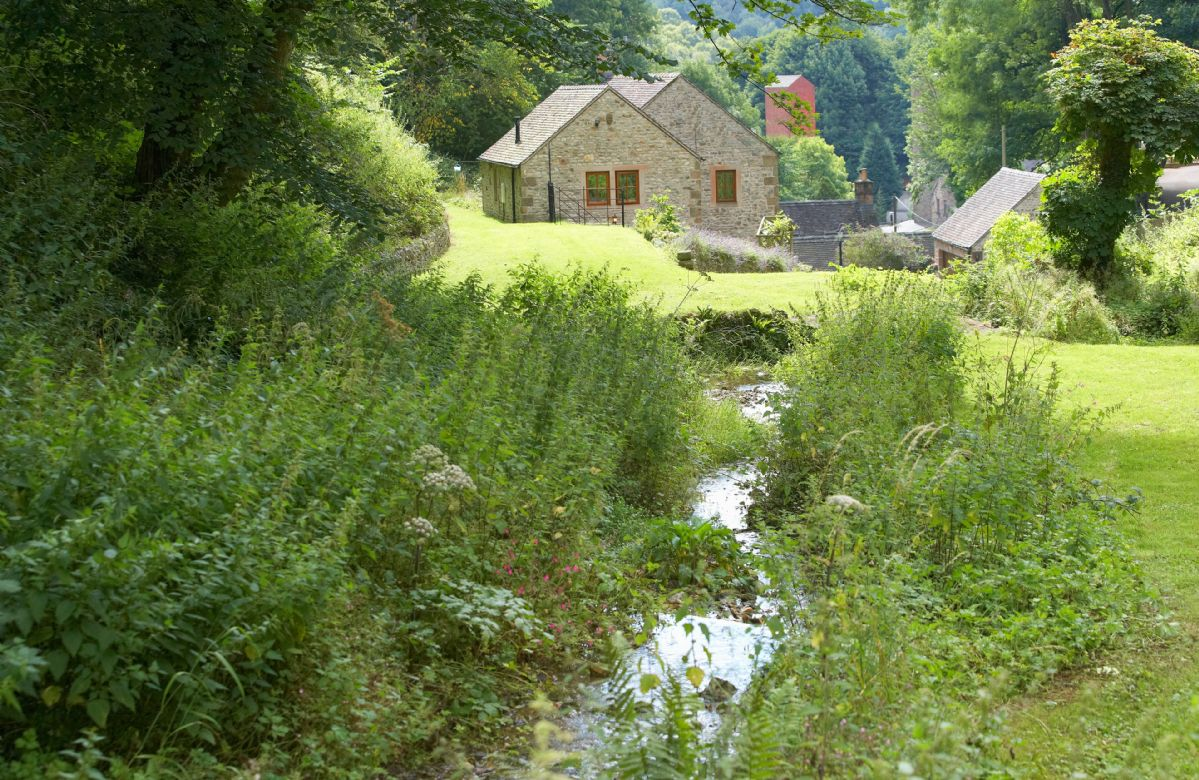 Mill Race Cottage a british holiday cottage for 2 in ,