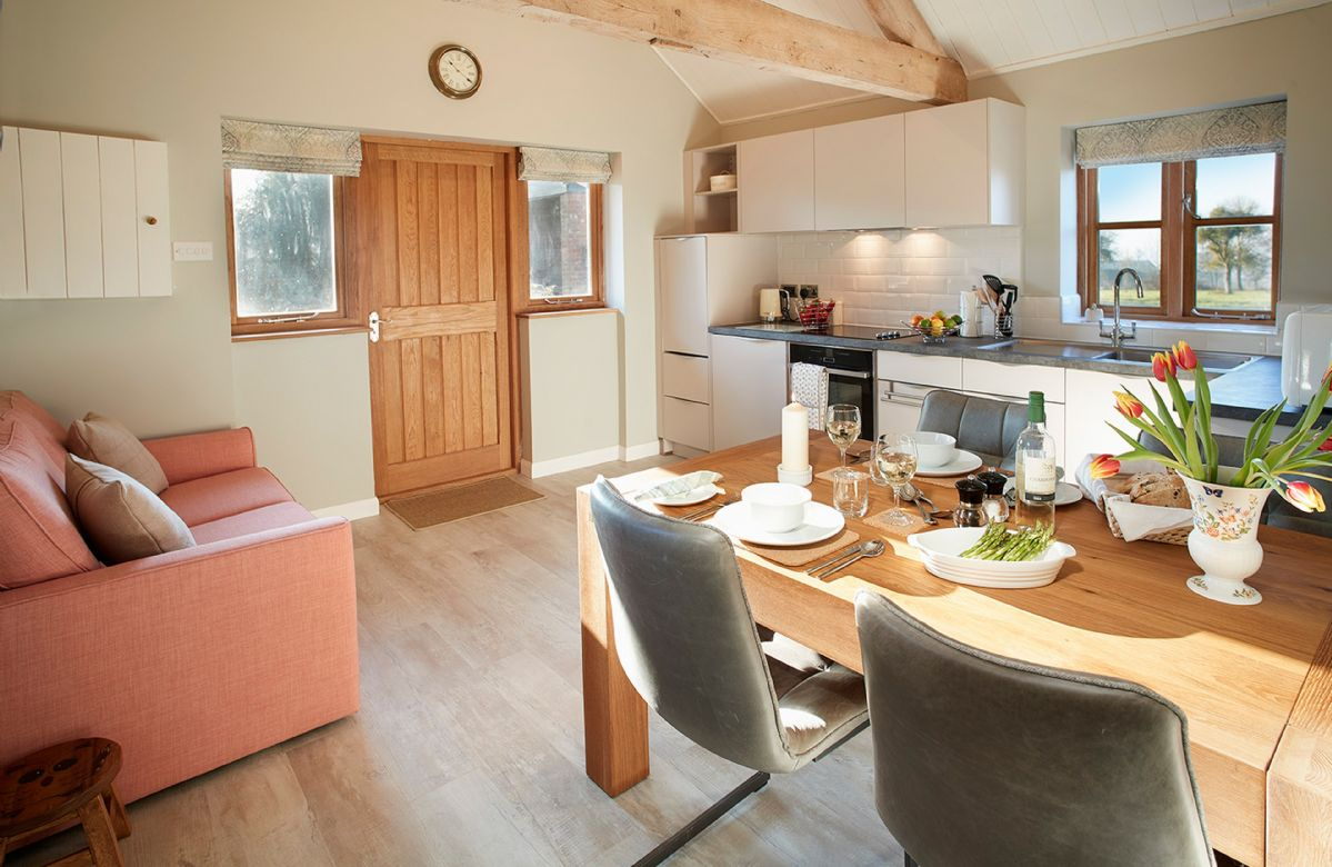 Little Owls Barn a british holiday cottage for 2 in ,