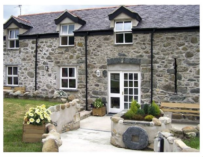 Ty Nansi Rhiannon a british holiday cottage for 6 in ,