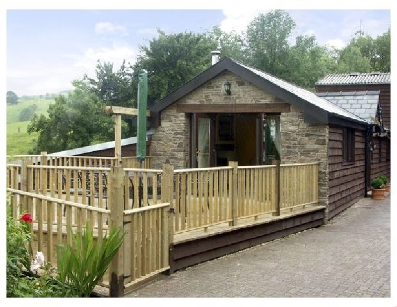 Cwm Derw Cottage Holiday Lodges in Powys