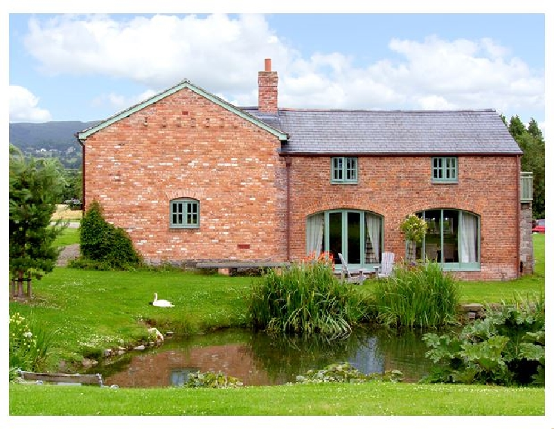 Glan Clwyd Isa - The Coach House a british holiday cottage for 4 in ,
