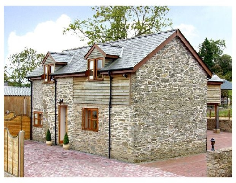 The Old Barn a british holiday cottage for 7 in ,
