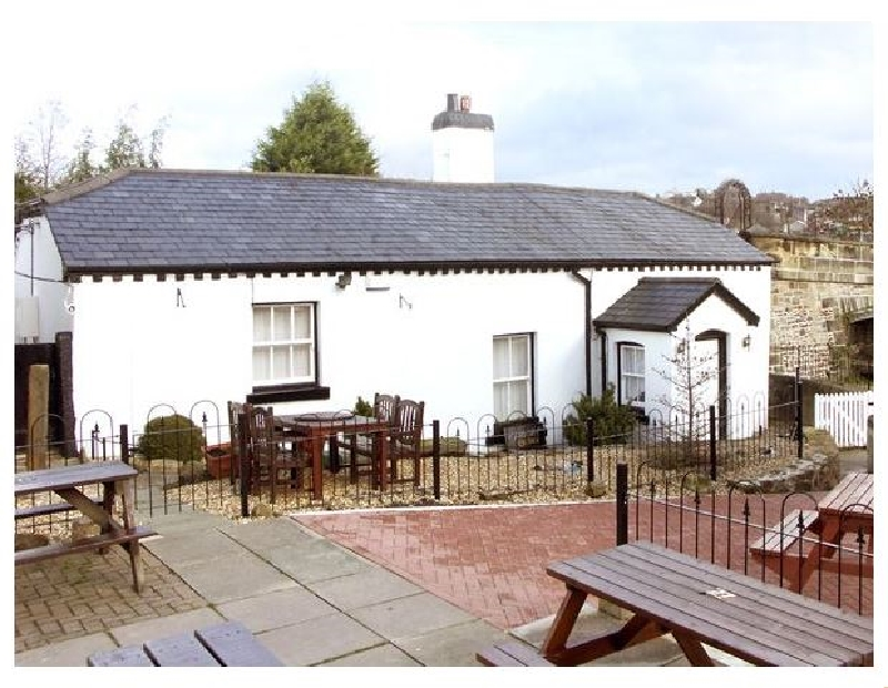 Scotch Hall Cottage a british holiday cottage for 6 in ,