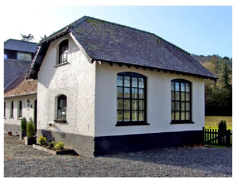 Chestnut Cottage a british holiday cottage for 6 in ,