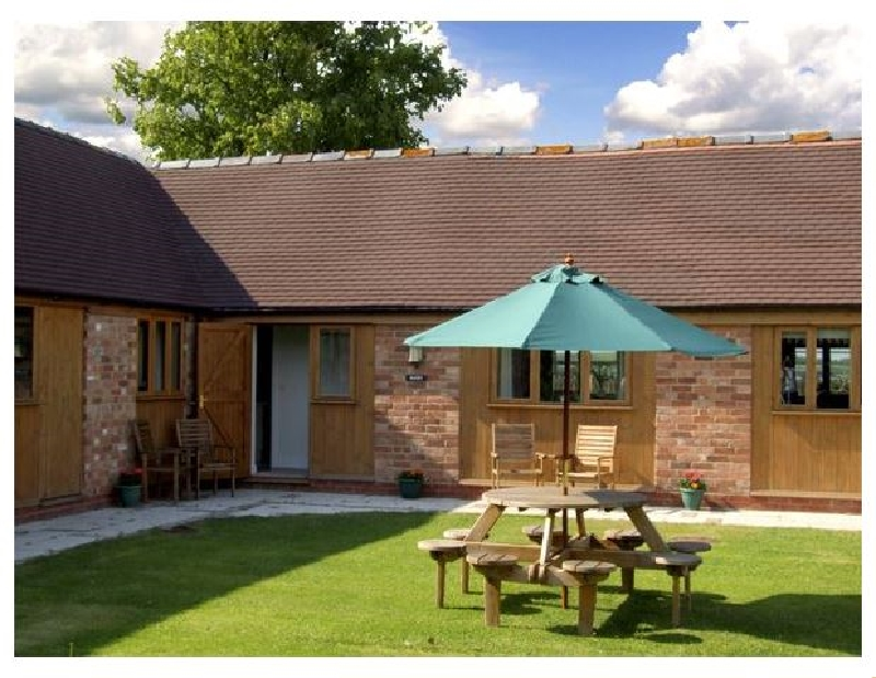 The Roost a british holiday cottage for 4 in ,