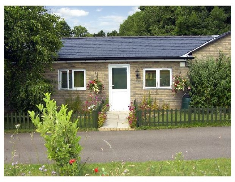 Little Lodge 2 a british holiday cottage for 2 in ,