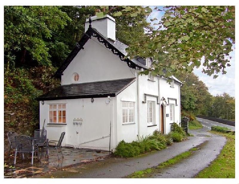 Braich-Y-Celyn Lodge a british holiday cottage for 4 in ,