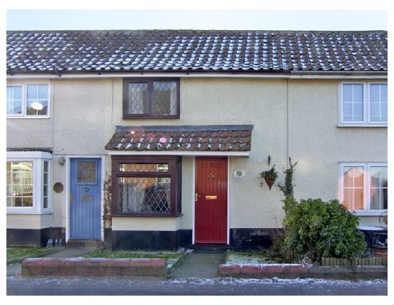 Wild Bryony Cottage a british holiday cottage for 2 in ,