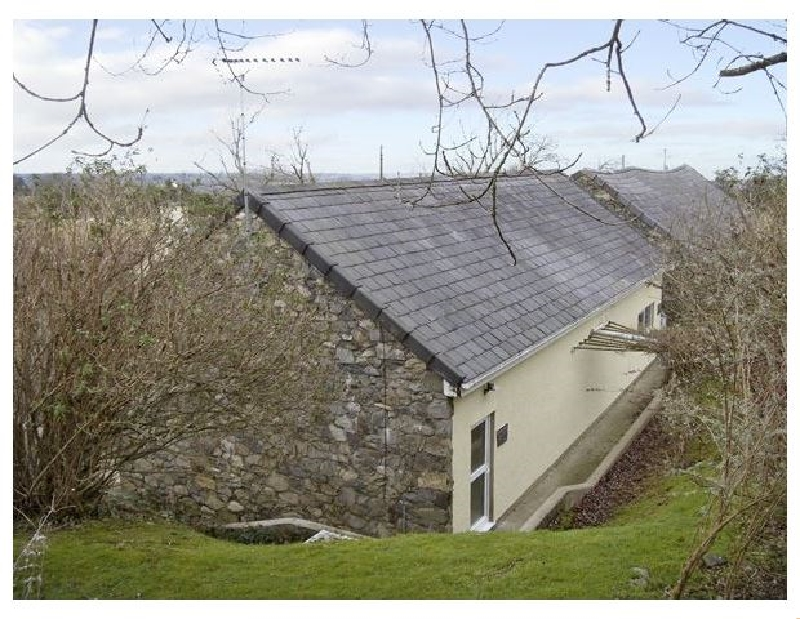Damavand Bach a british holiday cottage for 2 in ,