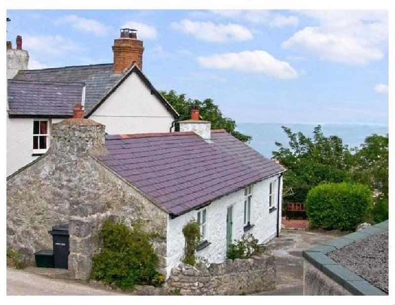 Craiglwyd Bach a british holiday cottage for 2 in ,