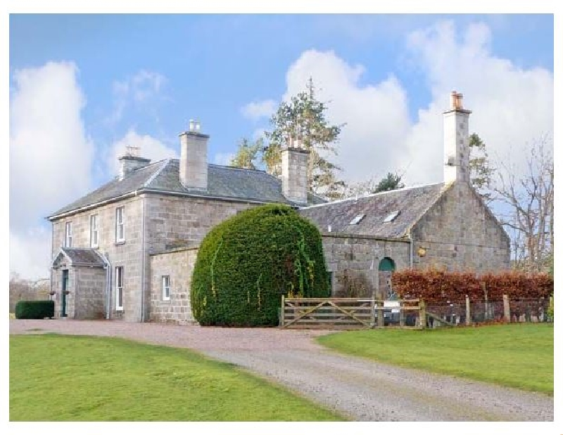 Inverallan House a british holiday cottage for 15 in ,