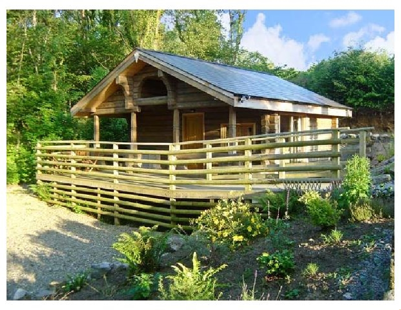 Little Trees a british holiday cottage for 2 in ,