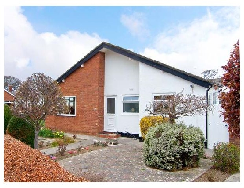 Avalon a british holiday cottage for 4 in ,