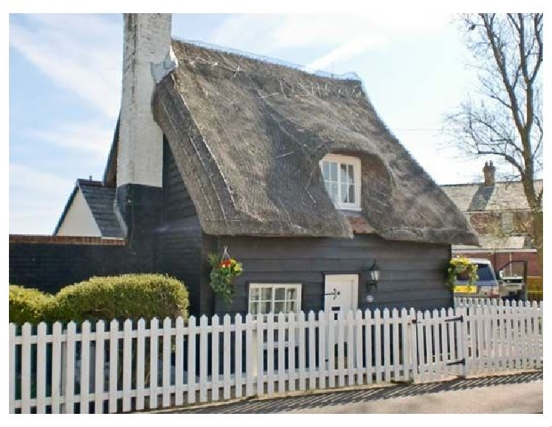 Little Thatch a british holiday cottage for 4 in ,
