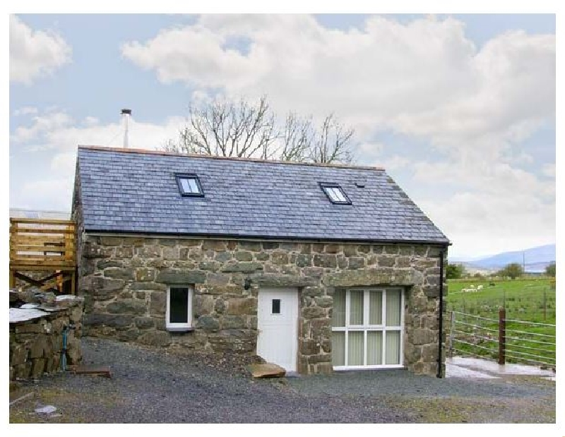 Hendre Cottage a british holiday cottage for 4 in ,