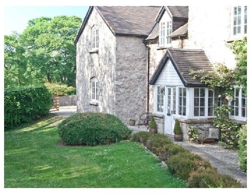 Distyll a british holiday cottage for 2 in ,
