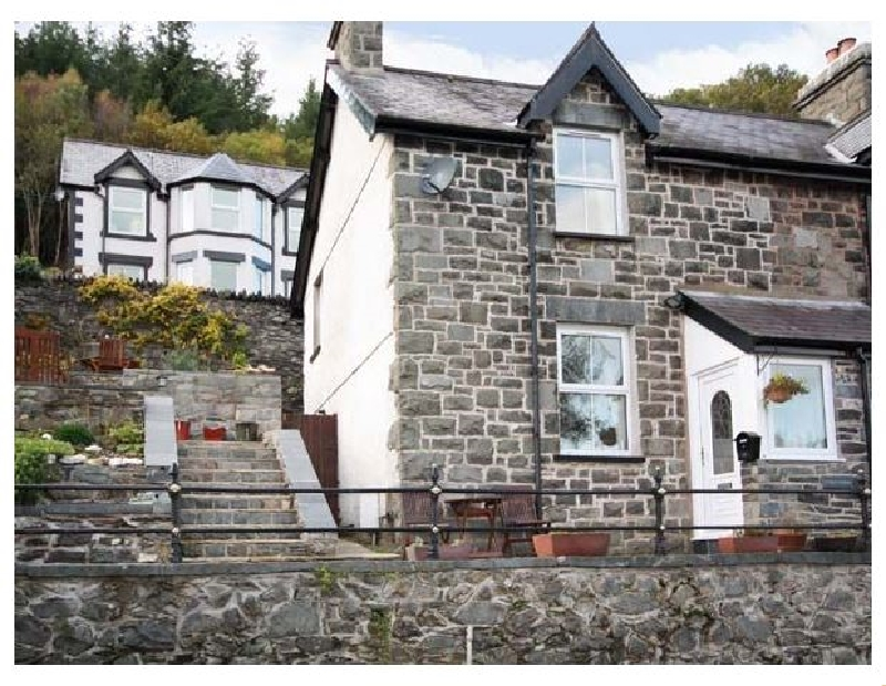 1 Tan Y Fedw a british holiday cottage for 3 in ,