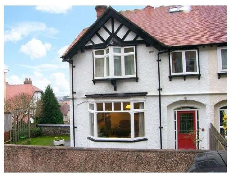 Highgate a british holiday cottage for 10 in ,