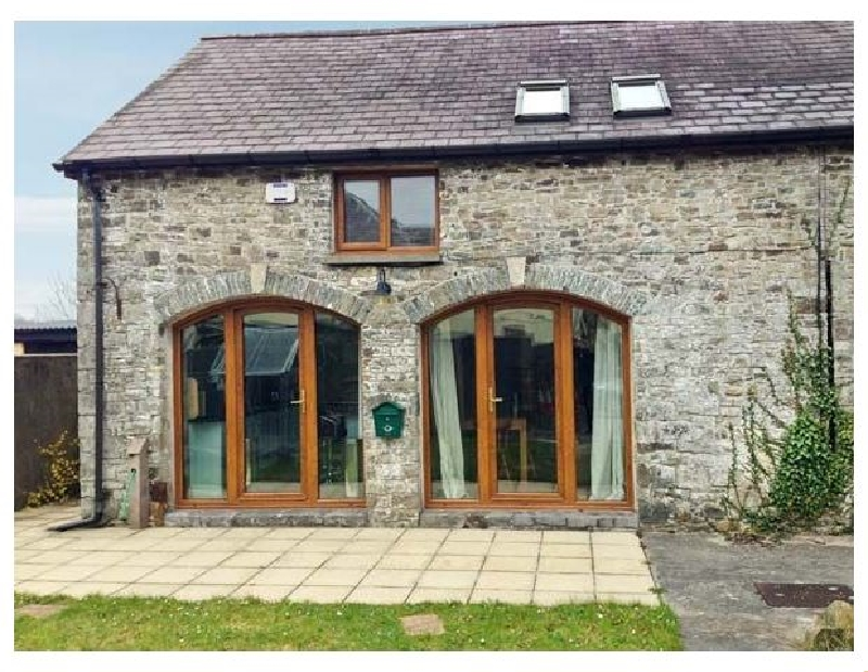 5 Buarth Y Bragwr a british holiday cottage for 4 in ,