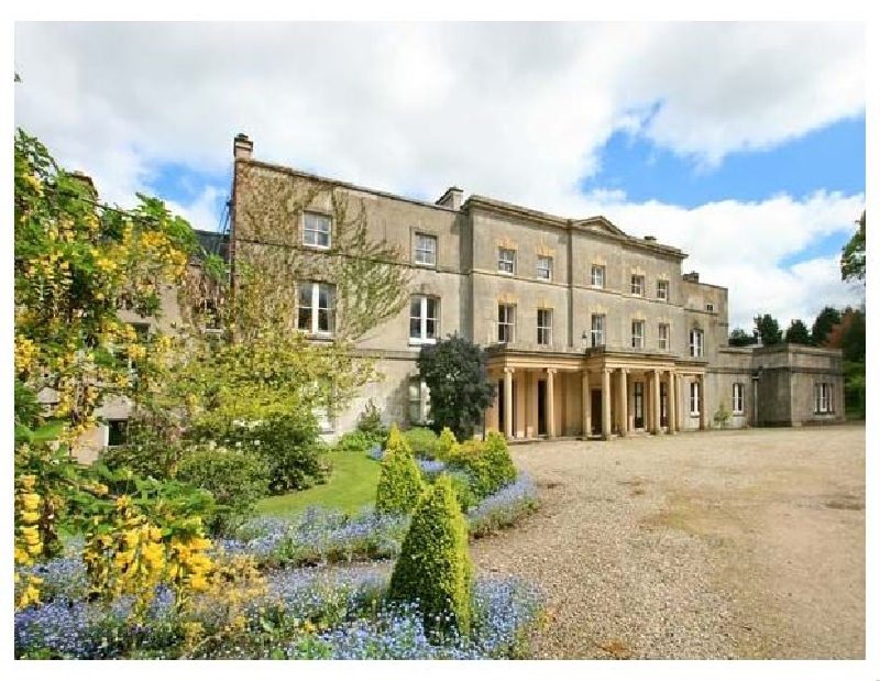 Cook's Flat a british holiday cottage for 2 in ,