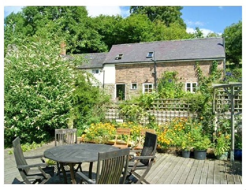 King Grove Cottage a british holiday cottage for 6 in ,