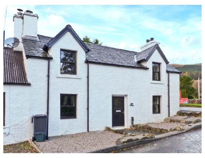 Alma Cottage a british holiday cottage for 4 in ,