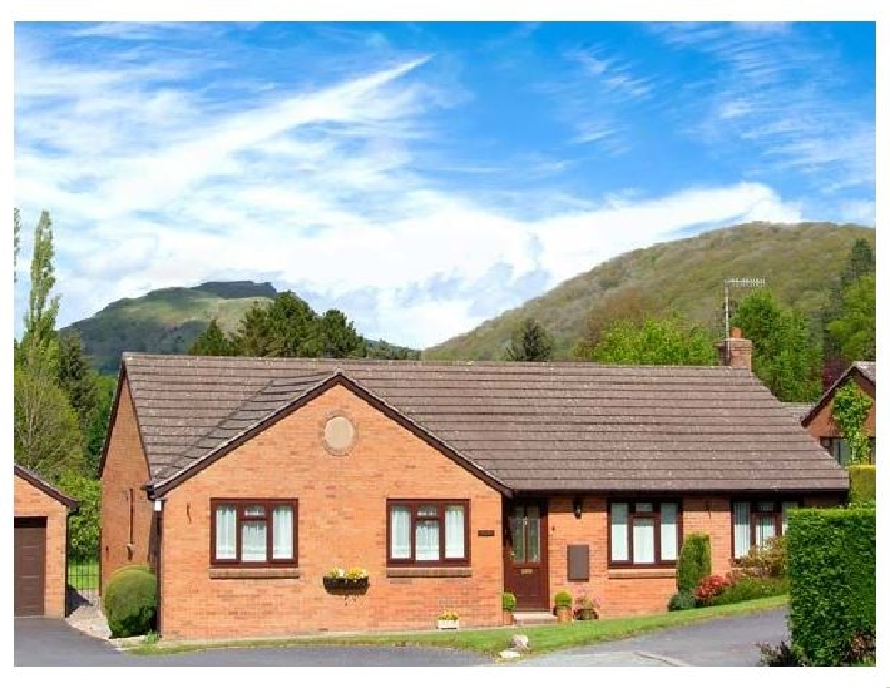 Tregarthens a british holiday cottage for 4 in ,