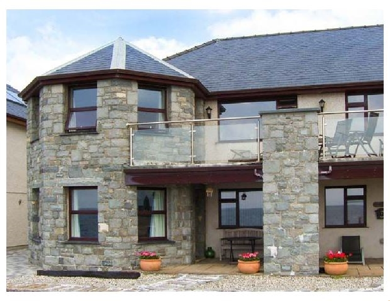 The Annex at Penheli a british holiday cottage for 6 in ,