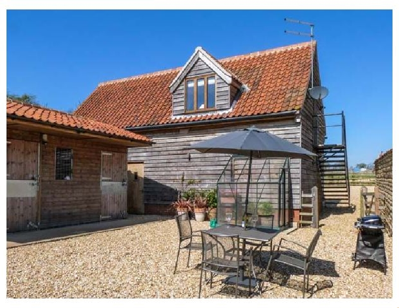 Granary Loft a british holiday cottage for 2 in ,