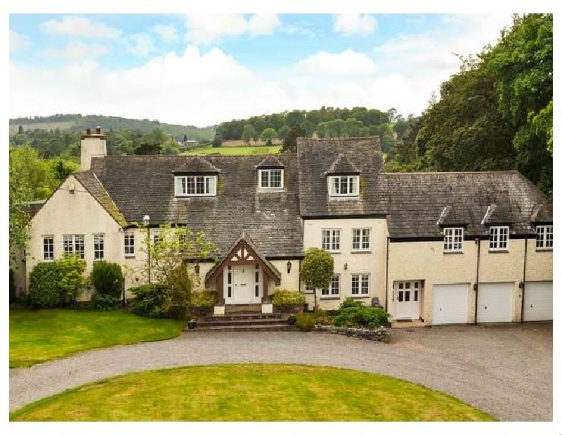 House on the Hill a british holiday cottage for 16 in ,