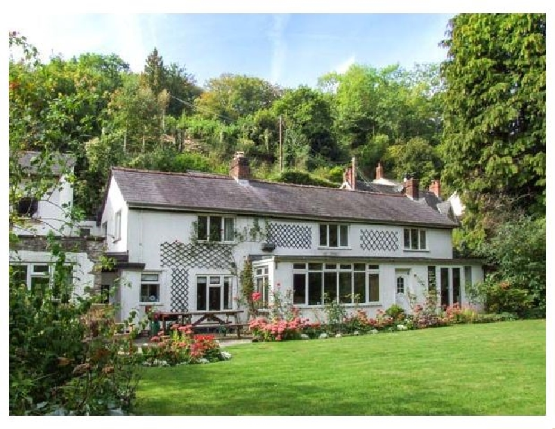 Ferryside a british holiday cottage for 9 in ,