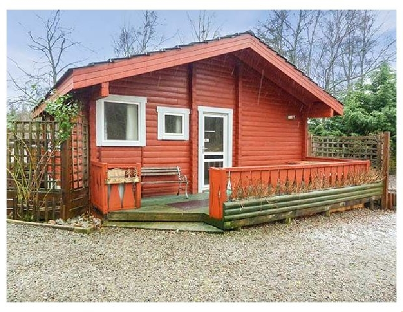 Spruce Lodge a british holiday cottage for 4 in ,