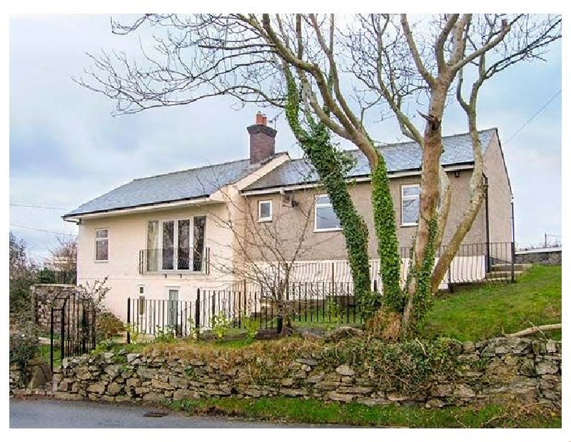 Hen Efail a british holiday cottage for 5 in ,