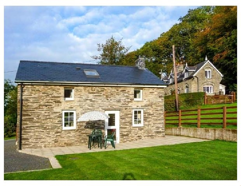 Cwmdu Cottage a british holiday cottage for 3 in ,