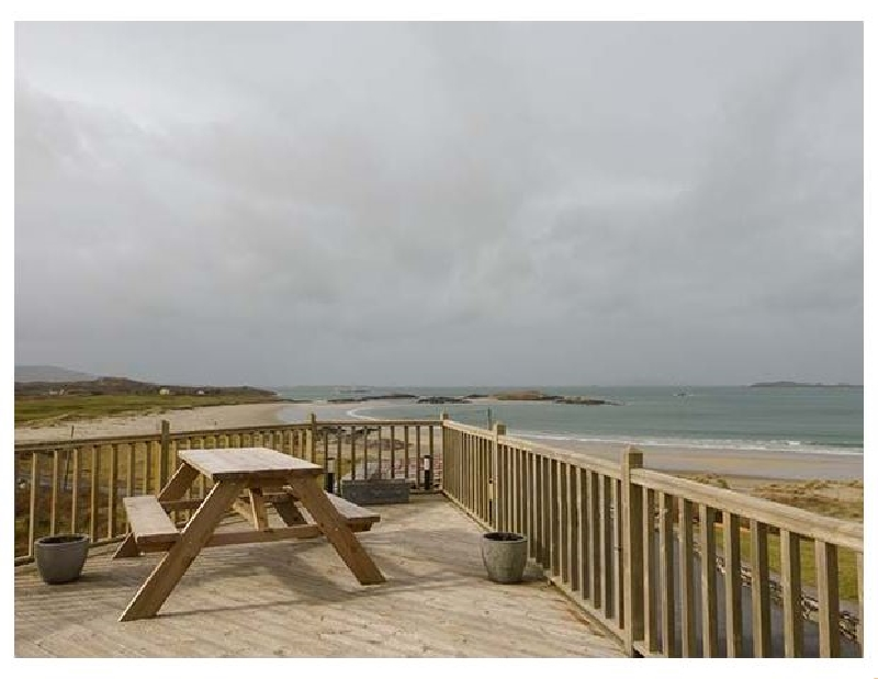 Glassillaun Beach House a british holiday cottage for 15 in ,
