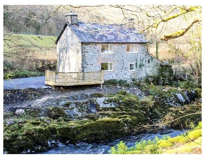 Pen Y Bont a british holiday cottage for 4 in ,