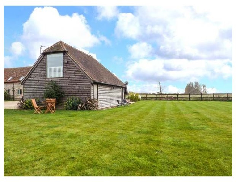 Little Greenways a british holiday cottage for 4 in ,