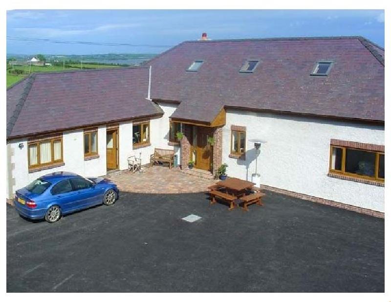 Fferam Y Llyn a british holiday cottage for 12 in ,