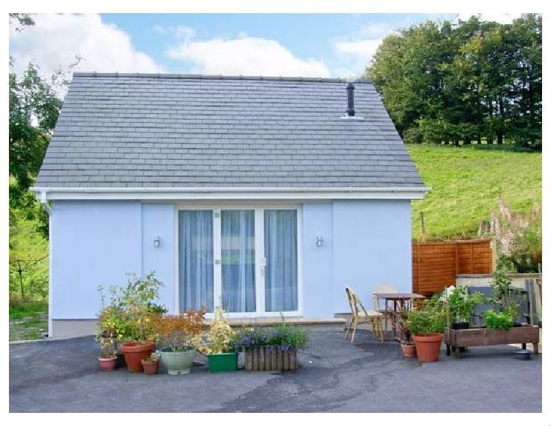 Ty Twt a british holiday cottage for 2 in ,