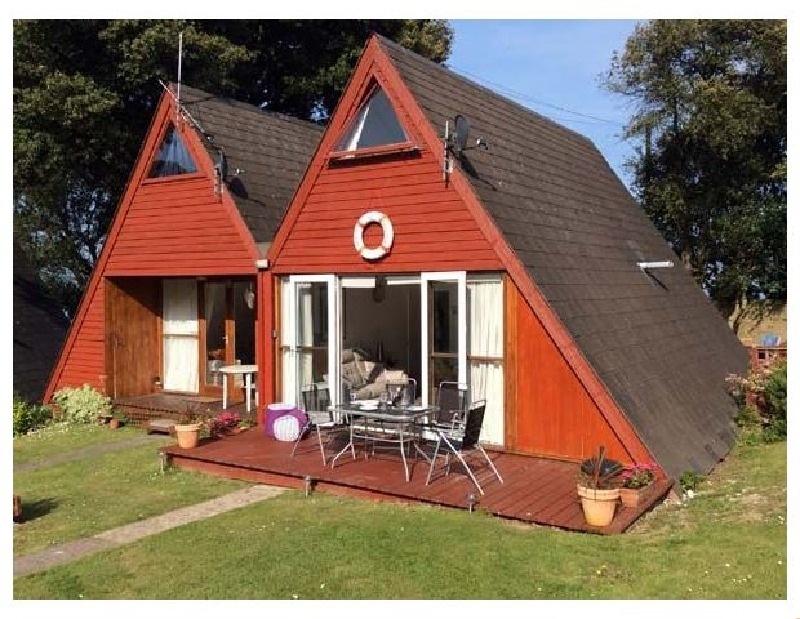 Beachmaster a british holiday cottage for 6 in ,