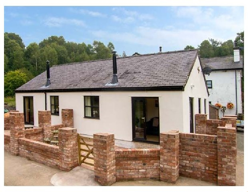 Alyn View a british holiday cottage for 4 in ,