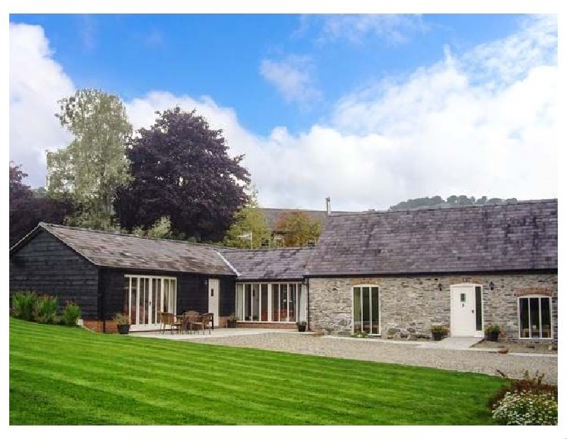 Ysgubor Celyn Megan's a british holiday cottage for 10 in ,