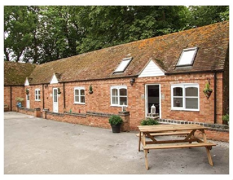 Finwood Cottage 2 a british holiday cottage for 4 in ,