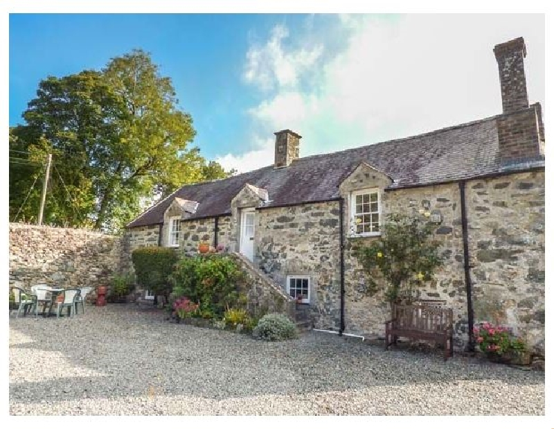 Henblas Granary a british holiday cottage for 4 in ,