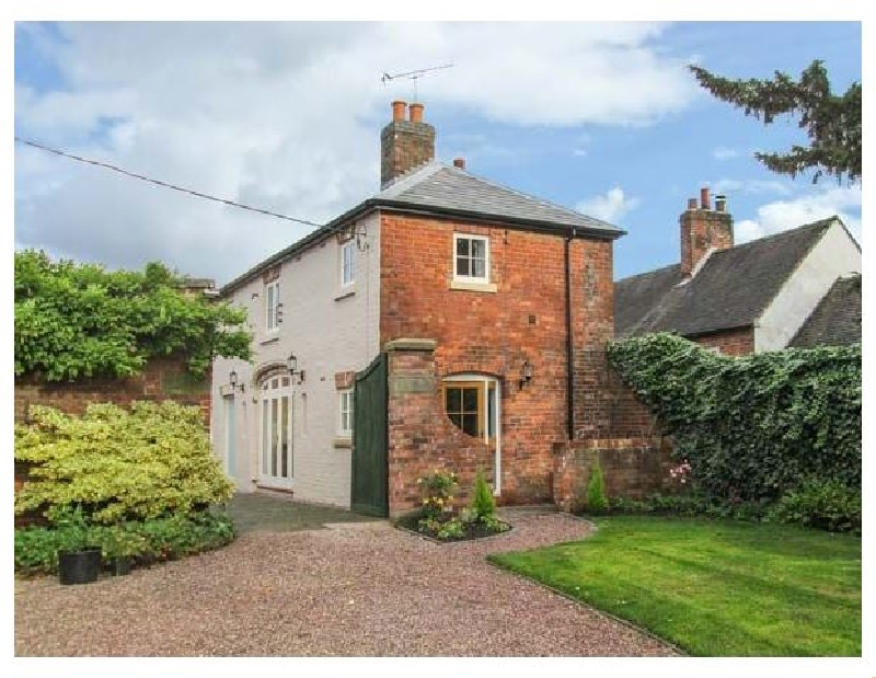 Old Church Coach House a british holiday cottage for 6 in ,