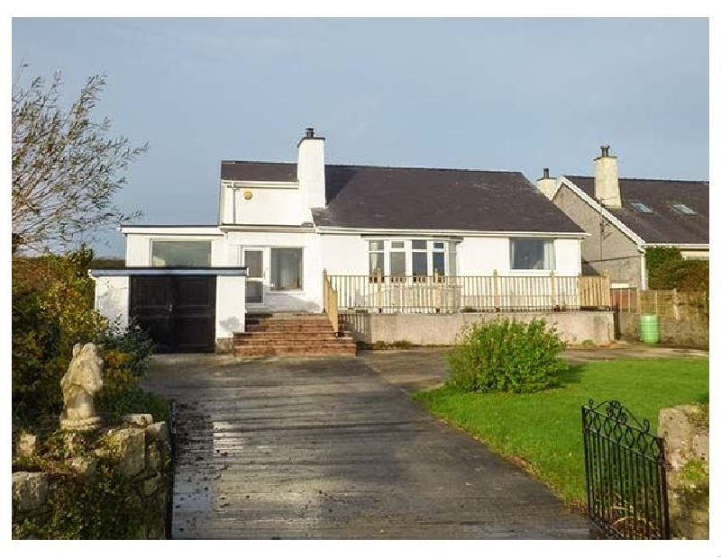 Abermor a british holiday cottage for 8 in ,