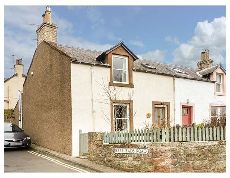 1 Blinkbonny Cottages a british holiday cottage for 3 in ,