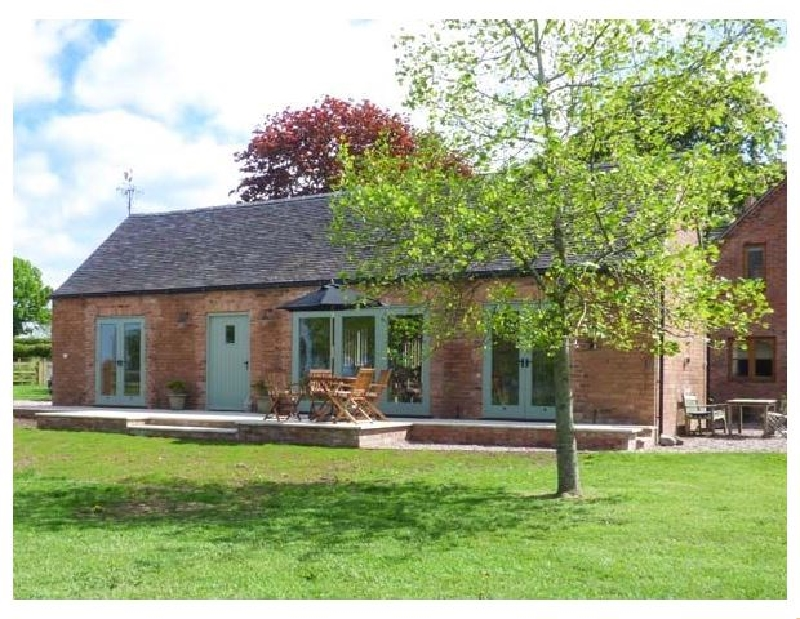 Berringtons Barn a british holiday cottage for 4 in ,